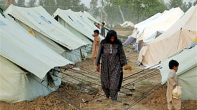 Swat refugees tell of abandonment
