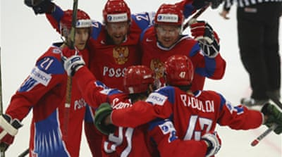 Russia retain hockey world title