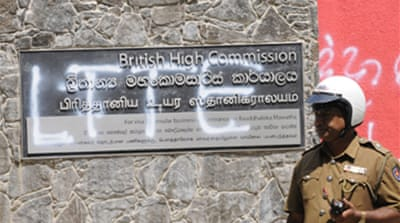 Tamils give up on independence