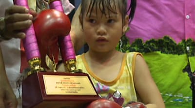 Video: Thai boxing's child champ