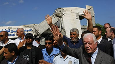 Carter enters Gaza for Hamas talks