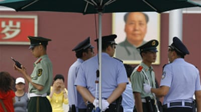 China arrests prominent dissident