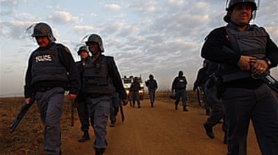 Violence hits South Africa township