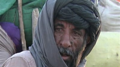 Video: Afghans flee Helmand fight