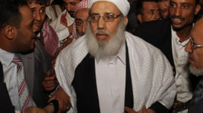 Freed Yemeni scholar returns home