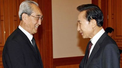 N Korean envoys meet South's Lee
