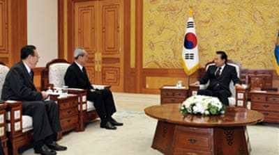 Kim 'seeks summit with South Korea'