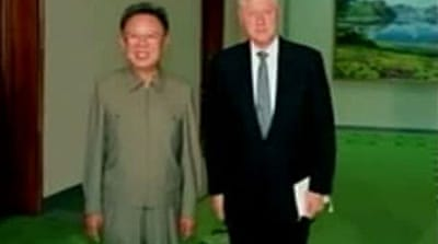 Video: N Korea frees US journalists