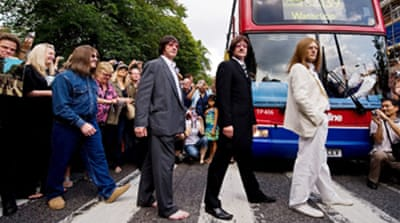 Video: Beatles fans pay homage