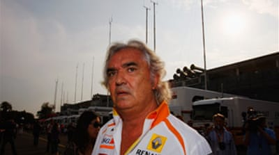 Briatore out over Renault row