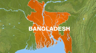 Crowded boat sinks in Bangladesh