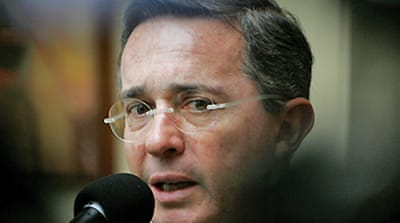 Uribe clears re-election hurdle