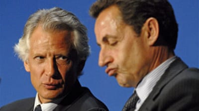 Former French PM 'to sue Sarkozy'