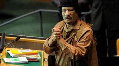 Gaddafi to mediate in football row