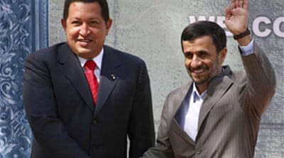 Chavez backs Iran nuclear strategy