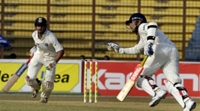India race into day three lead