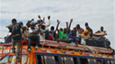 Thousands flee Haitian capital