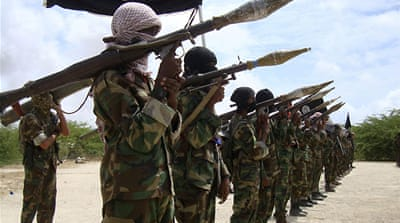 Somalia rebels threaten US attack
