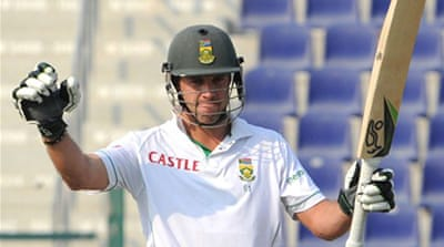 De Villiers hits SA Test record