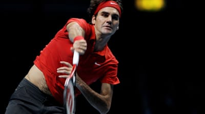 Federer sweeps past Murray
