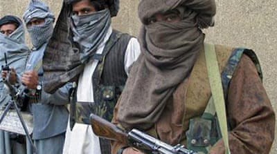 Pakistan 'holding peace talks' with Taliban