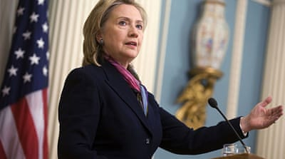Clinton embarks on Gulf tour