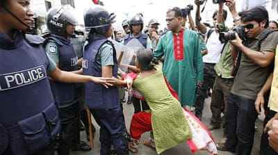 Deadly wage protests in Bangladesh