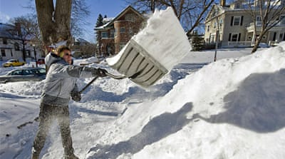 Blizzard paralyses US Midwest
