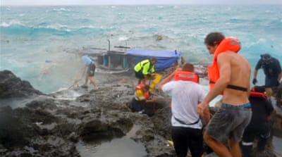 Boat crash renews asylum debate
