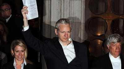 WikiLeaks' Assange freed on bail