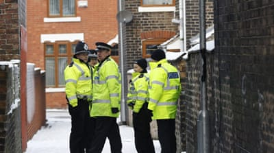 Dozen held in UK anti-terror raid