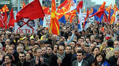 Macedonians protest for early poll