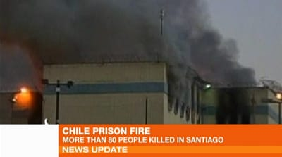 Fire tears through Chile prison