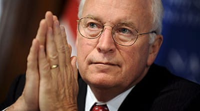 Cheney suffers 'mild heart attack'