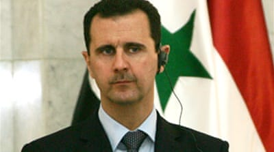 Assad 'to attend' summit in Lebanon