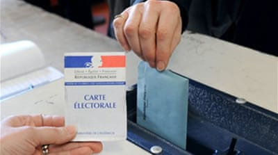 Sarkozy faces regional poll setback