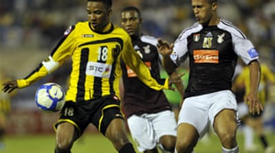Ittihad go second as Scolari slips