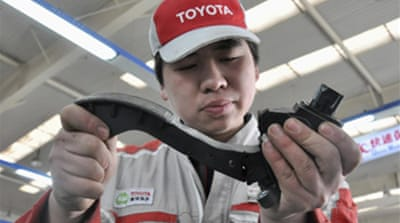 Recalled Toyotas 'still faulty'