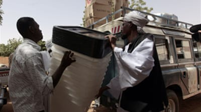 Sudan vote extended amid chaos