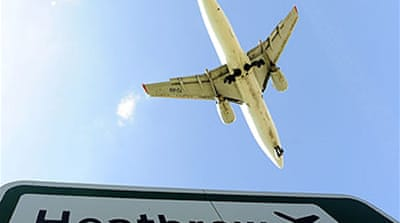 Ash disrupts Europe air traffic