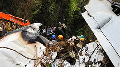 Scores dead in Indian plane crash