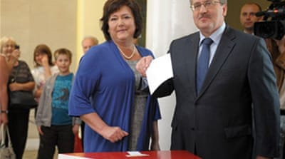 Komorowski 'ahead' in Polish vote