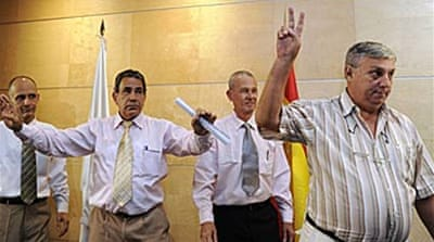 Cuban dissidents arrive in Spain