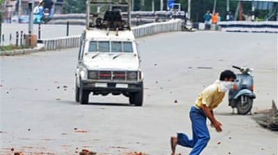 Protesters killed in Kashmir clash