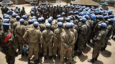 UN extends Darfur force mandate