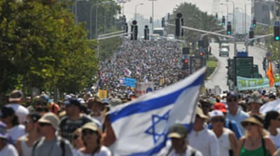 Thousands march for Shalit release