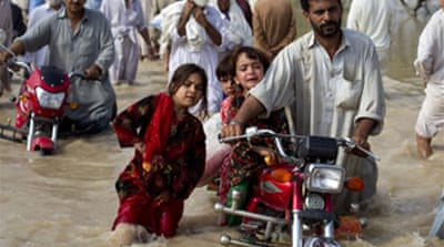 Anger over Pakistan flood response