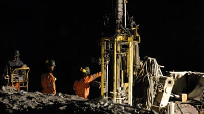Drill arrives to help Chile miners