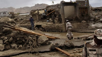 Rains hamper Kashmir rescue effort