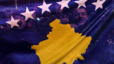 Serbia gives up bid on Kosovo rule